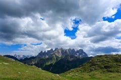 Panorama italiano della montagna Fotografia Stock Libera da Diritti