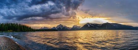 Panorama jako burza rusza się dalej Obrazy Royalty Free