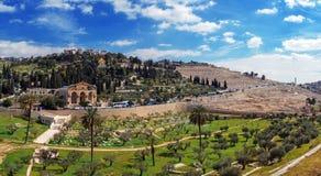 Panorama - Kirche aller Nationen und des Ölbergs, Jerusalem stockfotos
