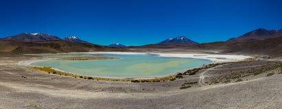 Panorama Laguna Verde Altiplano Bolivia Arkivbilder