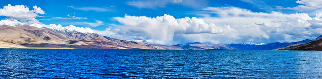Panorama of lake Tso Moriri in Himalayas, Ladakh Royalty Free Stock Photos