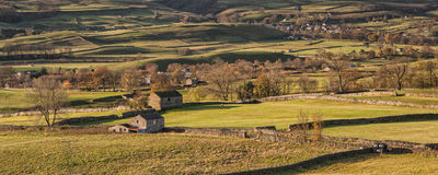 Panorama landscape traditional stone barn in Autumnal countrysid Stock Images