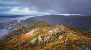 Panorama- landskap av berg från monteringen Ulriken Arkivbild