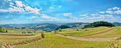 Panorama- liggande i Pieniny berg arkivfoto