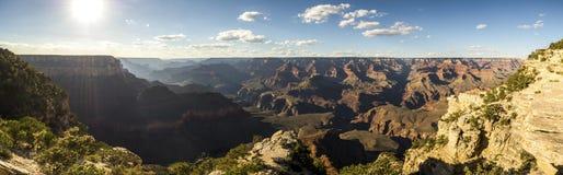 Panorama: Ljusa Angel View Point - Grand Canyon, södra kant, Arizona, AZ fotografering för bildbyråer