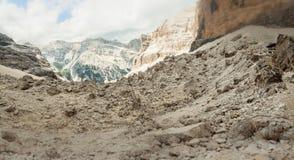 Panorama lunare dei massi della capanna della montagna di Giussani con effetto dello spostamento di inclinazione fotografia stock libera da diritti