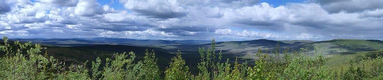 Panorama med moln i Alaska Royaltyfria Bilder