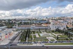 Panorama met het Jeronimos-Klooster in het district van Belem van Lissabon stock foto