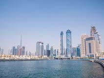 Panorama miasto Dubaj od mosta rzecznego kanału Dubaj zatoczka obraz stock