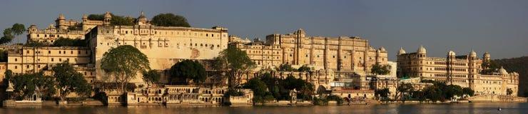 Panorama miasto pałac kompleks, Udaipur, India zdjęcie royalty free