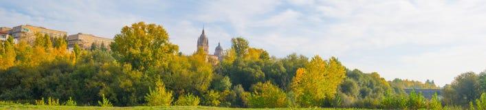 Panorama miasto Salamanca przy spadkiem obraz stock