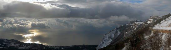 Panorama mit Ah-Petri auf dem Meer Lizenzfreie Stockfotografie
