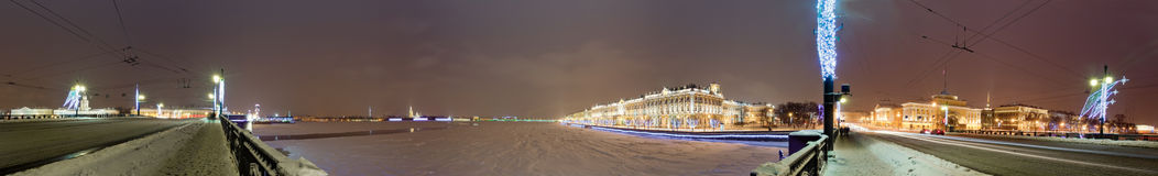 Panorama mit Winter-Palast Stockbild