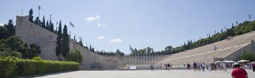 Panorama moderno dos Olympics do estádio de Panathenaic imagens de stock