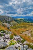 Panorama Montenegros, des Nationalparks Durmitor, der Berge und der Wolken Sonnenlicht lanscape Freies Meer und blauer Himmel am  Lizenzfreie Stockbilder
