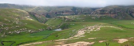 Panorama montrant la sentinelle et le barrage de Langtoon dans le Gat d'or photo stock