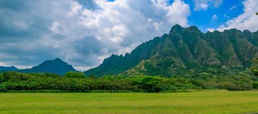 Panorama of the mountain range by famous Kualoa Ranch in Oahu, H Royalty Free Stock Photos