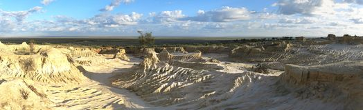 Panorama - Mungo national park, NSW, Australia. Beautiful  mungo national park, NSW, Australia Royalty Free Stock Image