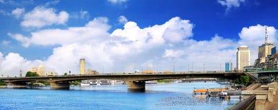 Panorama na Kair, nadbrzeże Nil rzeka. Zdjęcie Stock