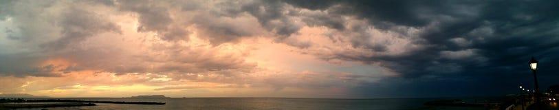 Panorama- natt och dag Arkivbild