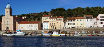 Panorama no porto do Port-Vendres Imagens de Stock Royalty Free