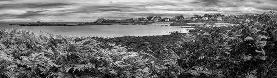 Panorama noir et blanc en Bretagne Images libres de droits