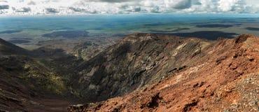 Panorama-Norddurchbruch große Tolbachik-Spalt-Eruption 1975 Lizenzfreie Stockfotos