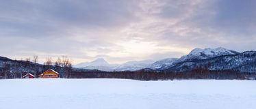Panorama norueguês do inverno. Fotografia de Stock Royalty Free