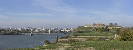 Panorama Novi Sad - widok od Petrovaradin fortecy Zdjęcia Royalty Free