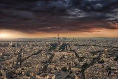 Panorama nublado de París Foto de archivo
