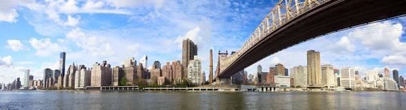 Panorama NYC da ponte de Queensboro Foto de Stock