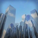 Panorama- och bred vinkelsikt för perspektiv till stålljus - blått Royaltyfri Bild