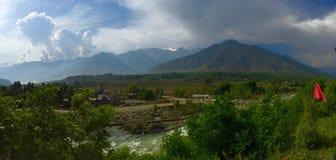 Panorama od Siddique Jawnego parka, Kangan, Kaszmir, India Zdjęcie Stock