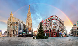 Panorama od Vienna square with rainbow - Stephens cathedral, nob Stock Photography