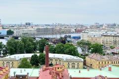 Panorama od wzrosta Vasilyevsky wyspa woda teren Neva rzeka w świętym Petersburg i, Rosja zdjęcia royalty free