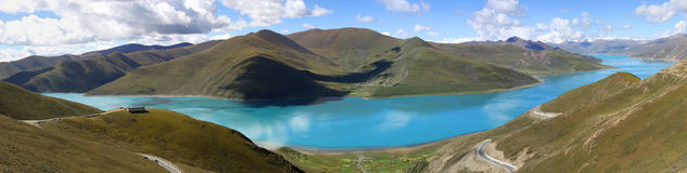Free Panorama Of Blue Lake Stock Photography - 16451252