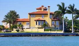 Free Panorama Of Luxury Beach House With Boat Dock Stock Images - 49479314