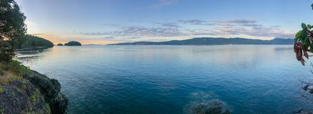 Free Panorama Of The Sunrise Along The Beautiful Shorelines Of The Gulf Islands Off The Shores Of Vancouver Island Royalty Free Stock Images - 162019979