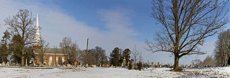 Free Panorama Of Vintage Church And Graveyard In Winter Royalty Free Stock Photography - 37825617