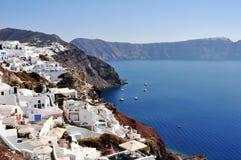 Panorama Oia i częściowy widok kaldera Santorini w Grecja Strategiczny punkt widzieć zmierzch zdjęcie royalty free