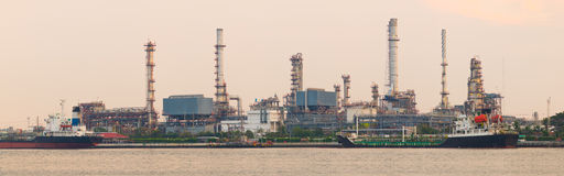 Panorama oil refinery Royalty Free Stock Images