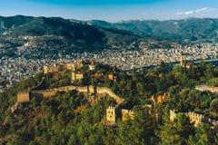 Panorama op Alanya-stad Stock Fotografie