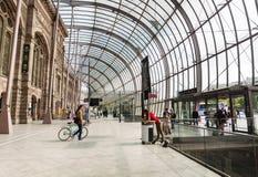 Panorama op glasdak van het station van Straatsburg ` s royalty-vrije stock fotografie