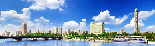 Panorama op Kaïro, strandboulevard van de Rivier van Nijl. Stock Foto