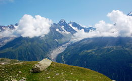 Panorama op Mont Blanc-massief stock foto