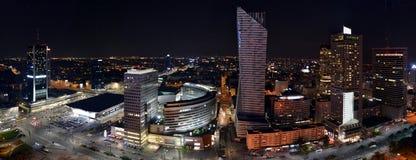 Panorama op Warshau 's nachts, Polen Royalty-vrije Stock Afbeeldingen