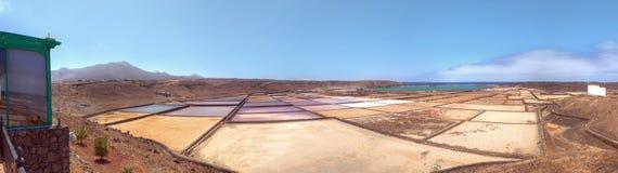 Panorama op zoute pannen Royalty-vrije Stock Afbeeldingen