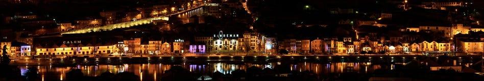 Panorama Oporto, Portogallo di notte Immagine Stock