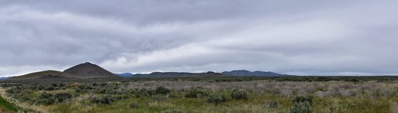 Panorama orageux national de Forest Landscape de montagnes de dent de scie des sud dirig?s ? Sun Valley, vue de terre de p?turage images stock
