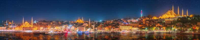 Panorama os Istanbul and Bosporus at night Royalty Free Stock Photos